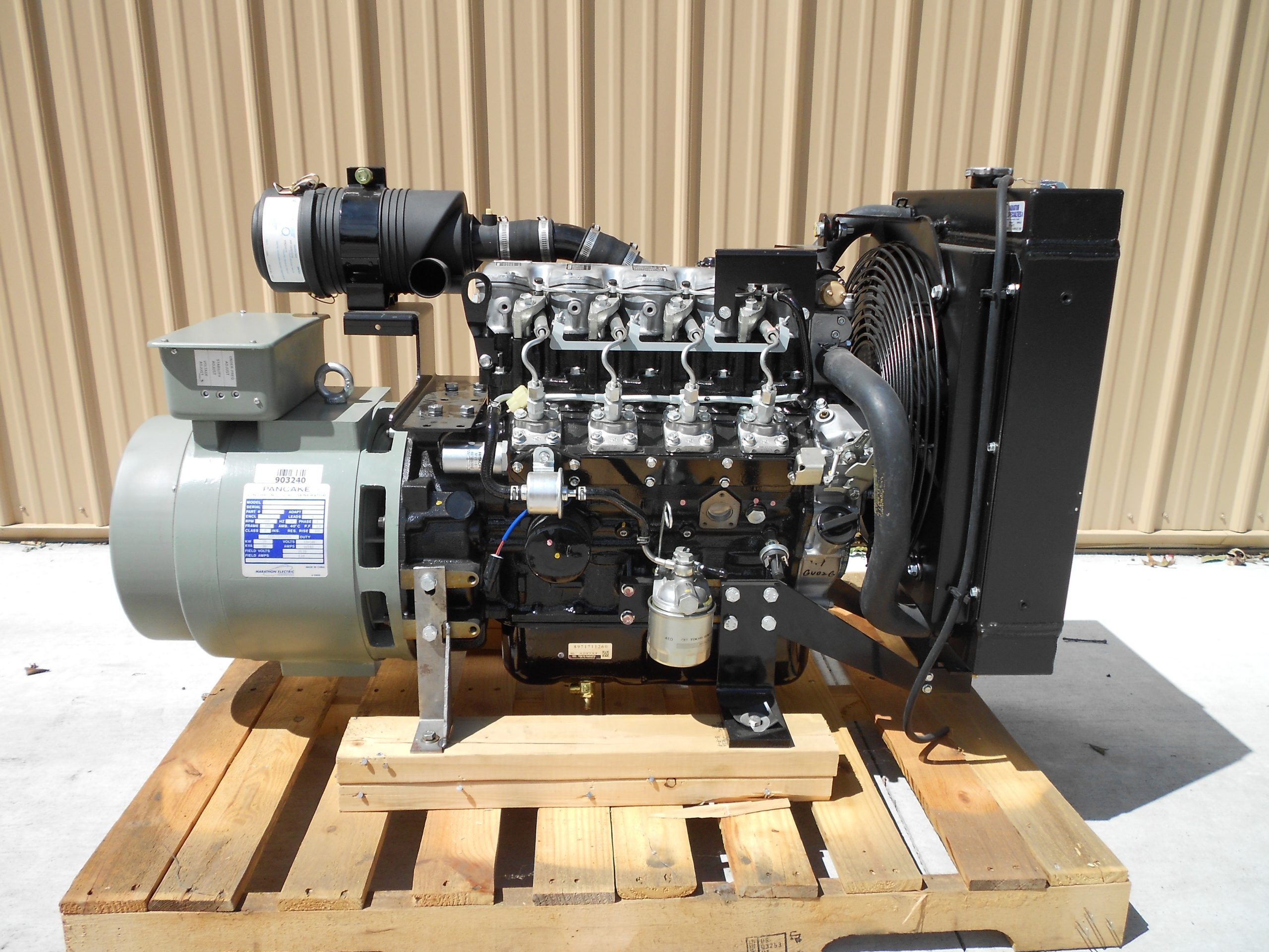 Isuzu 4LE2 w/ 20 kw single phase generator